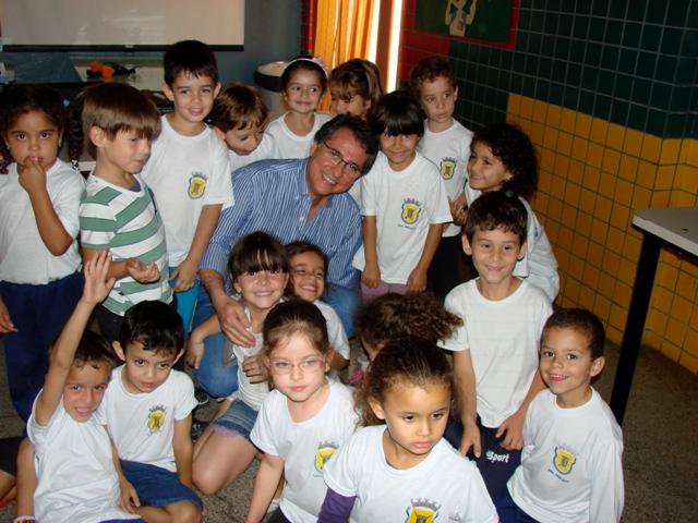 Palestra sobre Saúde Bucal na Escola Municipal São Vicente de Paulo